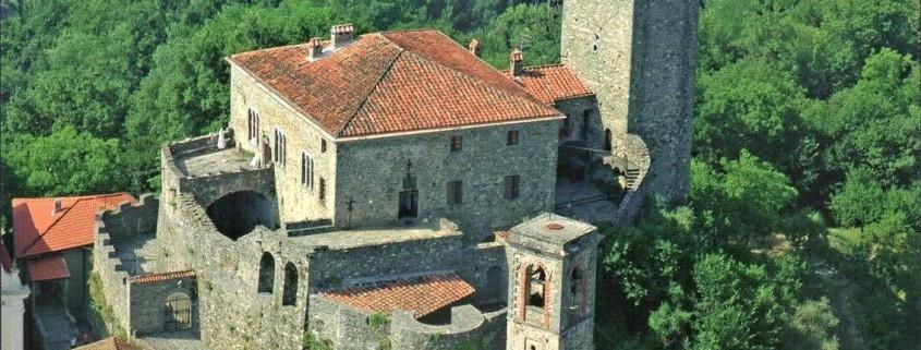 castello di castiglione del terziere veduta aerea